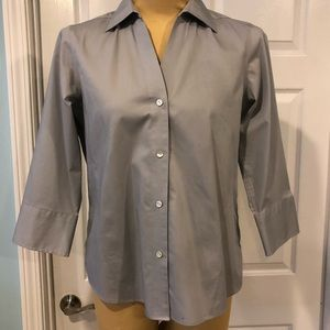 Foxcroft NYC Non Iron Stretch Blouse in size Small
